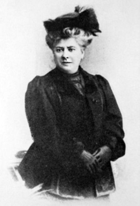 Мать Пабло Пикассо. Фото, ок. 1900