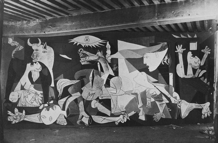 Герника в процессе создания. Париж, 1937. Фотограф Дора Маар. Фото 6