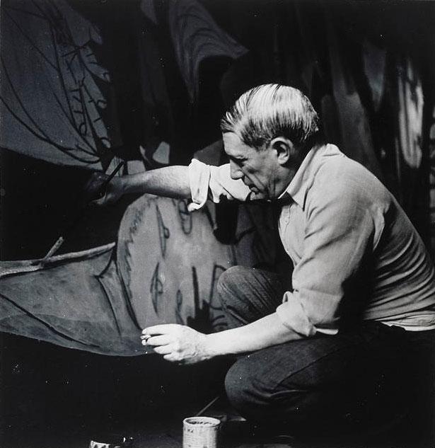 Пабло Пикассо пишет Гернику. Париж, 1937. Фотограф Дора Маар. Фото 3