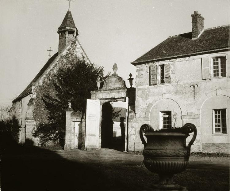 Дом Пикассо в Буажелу, 1930-е. Фото — Брассай