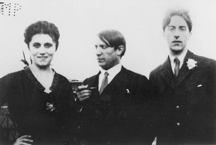 Пикассо, Ольга Хохлова и Жан Кокто в Риме. Фото, 1917