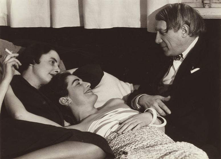 Пикассо и дамы, Париж, 1930. Фото, Ман Рэй