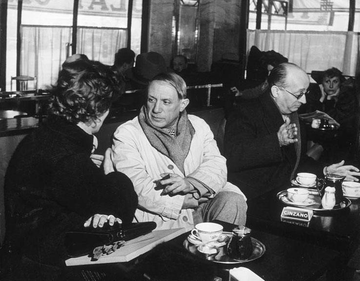 Пабло Пикассо и Хайме Сабартес в кафе де Флор, Париж, 1939. Брассай, фото 1