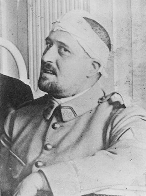 Фото Аполлинера. 1916