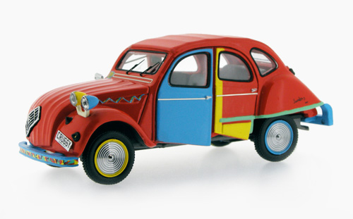 Citroen-2CV-Picasso-Andy-Saunders_Model