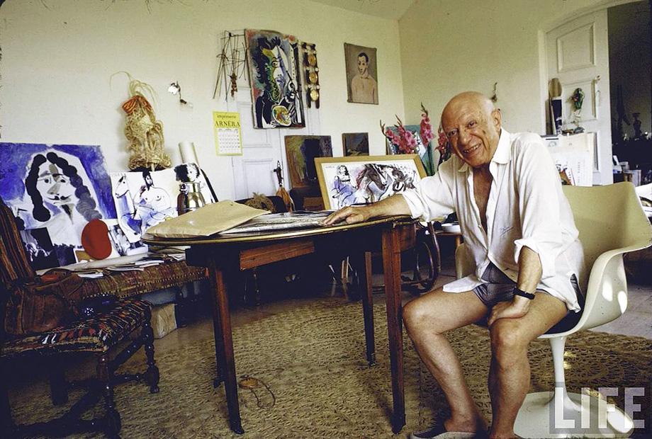 5_Gjon-Mili_Pablo-Picasso-Notre-Dame-de-Vie-Mougins-France-1967