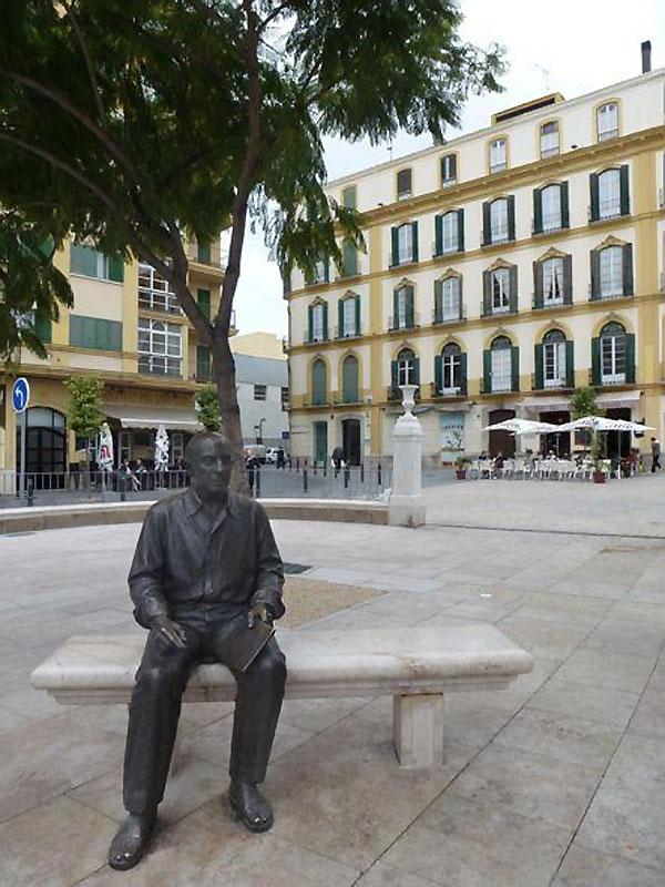 Sculpture-Picasso_Malaga