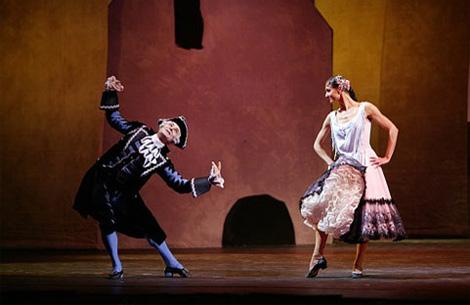 Bolshoi-Ballet-and-Opera-theatre_Le-Ttricorne_2005_5
