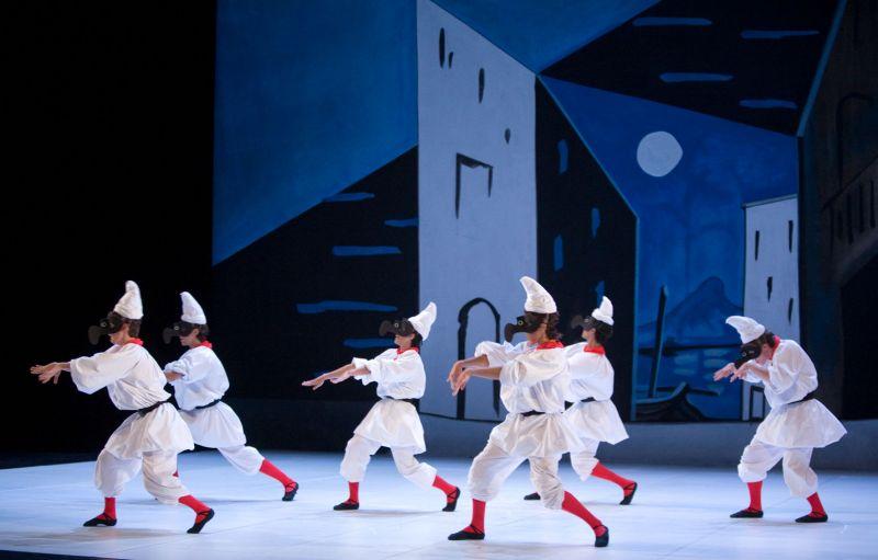 Europa-Danse_Picasso-et-la-danse_Pulcinella_1