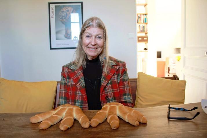 Лидия Корбет, ранее Сильвет Давид, фото Руки-хлеб