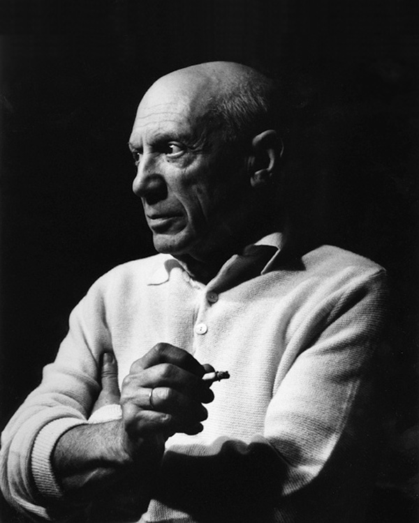 Пикассо с сигаретой, Канны, 1956. Люсьен Клерг, фото 2