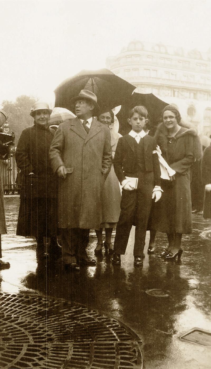 Гертруда Стайн, Пикассо, Ольга Хохлова и Пауло, Париж, фото 1934