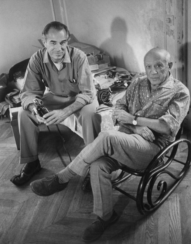 Пабло Пикассо и Дэвид Дуглас Дункан, вилла Калифорния, Канны, 1960. Фото — Гийом Мили