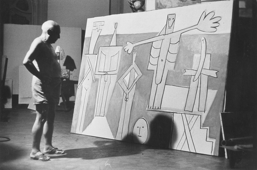 Пикассо пишет картину Купальщицы в Ла Гаруп, Канны, 1957 (3). Фото — Дэвис Дуглас Дункан