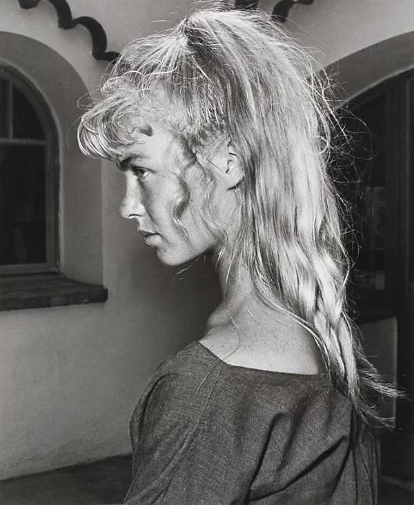 Сильвет Давид, модель Пикассо, Валлорис, 1954. Фото — Андре Вилье