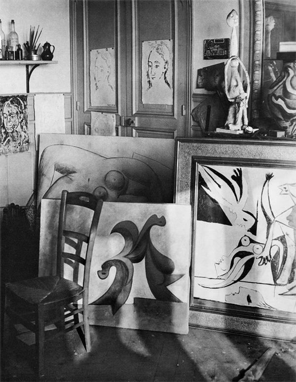 Мастерская Пикассо на улице Боэти, Париж, 1932. Брассай, фото 2