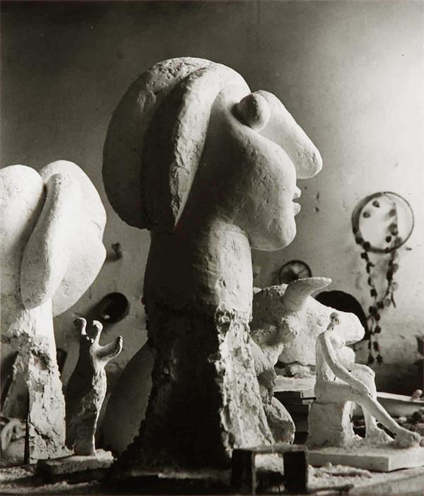 Скульптурная мастерская Пикассо в Буажелу, 1932. Брассай, фото 3