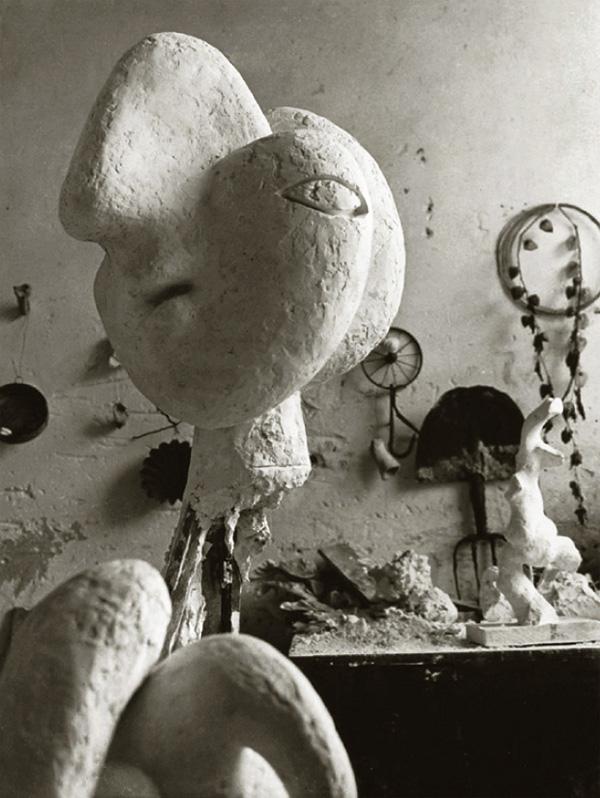 Скульптурная мастерская Пикассо в Буажелу, 1932. Брассай, фото 5